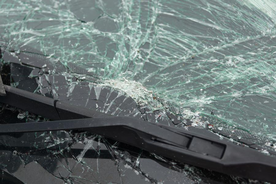 Sostituzione vetri per auto e camion a Udine: perché sceglierla